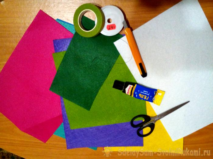 Felt Christmas tree toys by own hands
