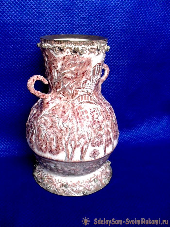 Напольная ваза из подручных материалов