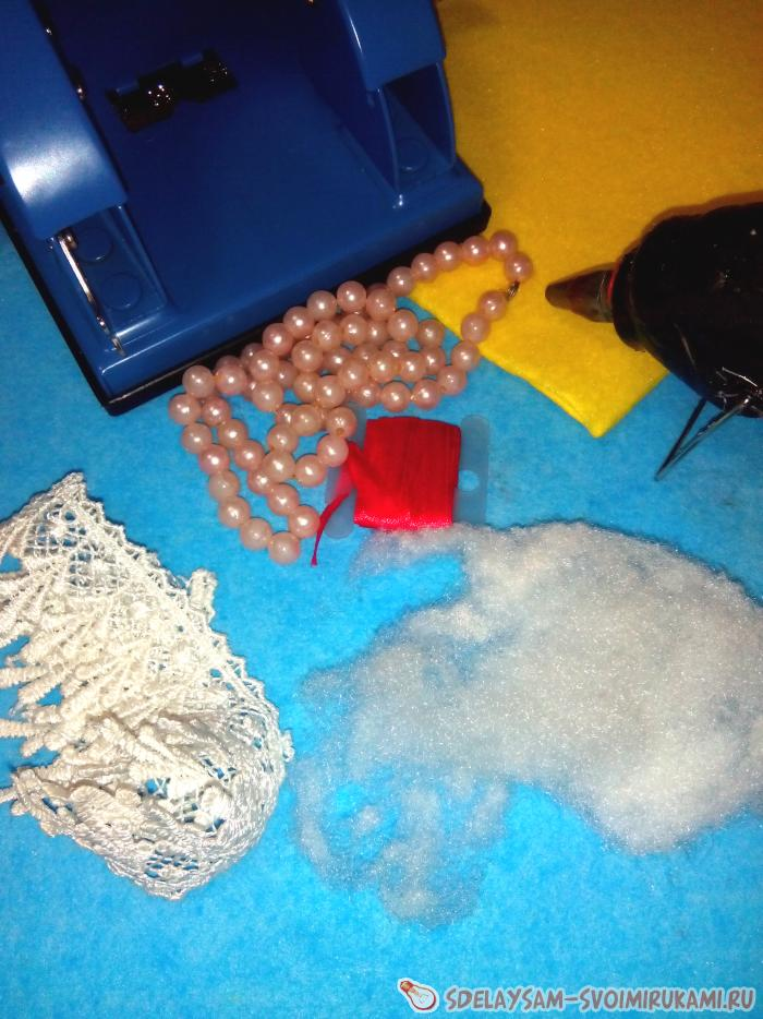 Елочные игрушки из вискозной салфетки