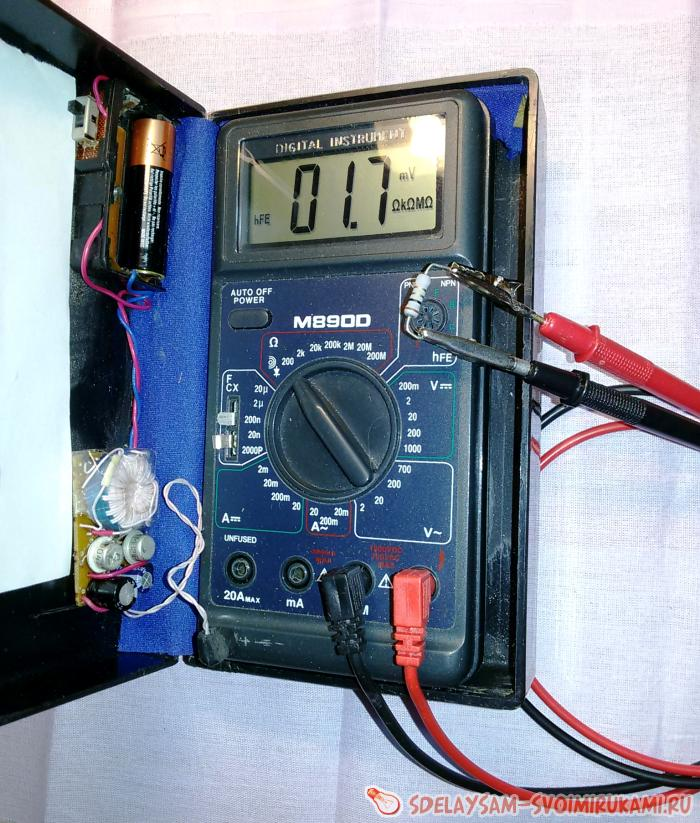 Питание мультиметра от батарейки 1,5 вольта