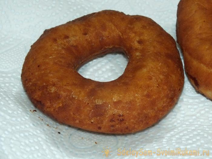 Обжариваем пончик