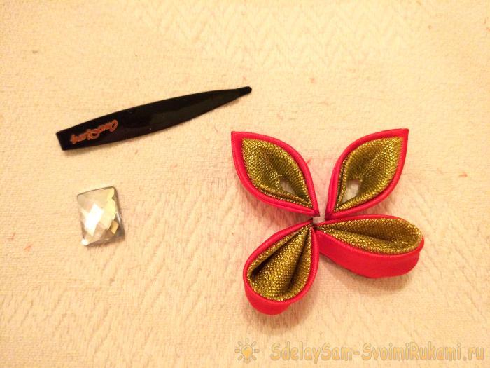 Бабочка из лент в технике Канзаши