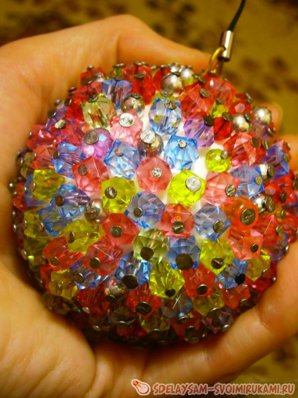 New Year's ball of beads