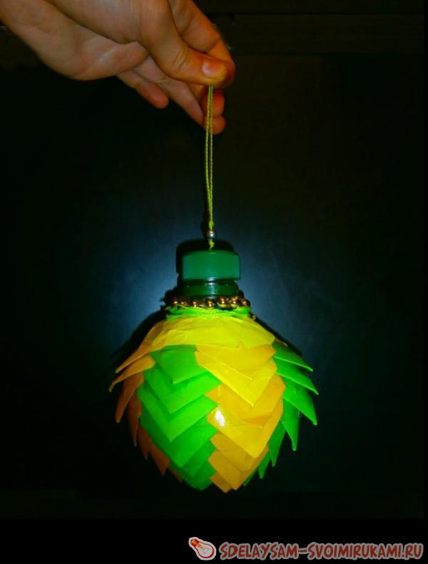 Делаем ёлочные игрушки при помощи техники «артишок»
