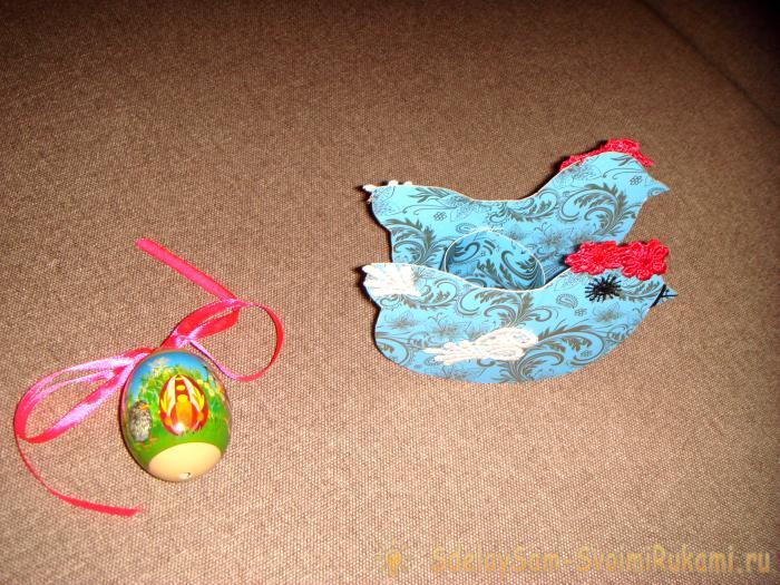 Подставка под пасхальные яйца Курочка