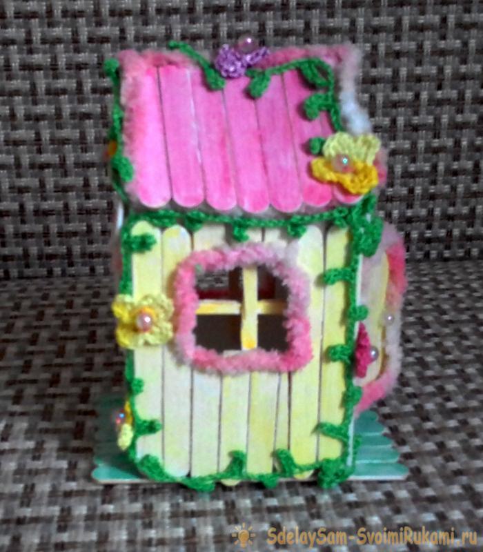 домик из палочек из под мороженого
