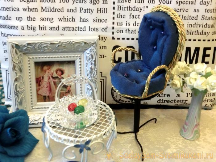 Декоративный стульчик сувенир