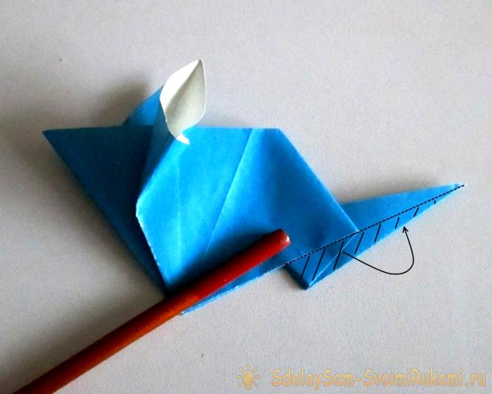 How to make a mouse out of paper