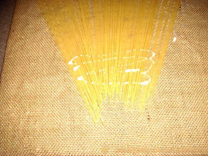 Картина из макаронных изделий