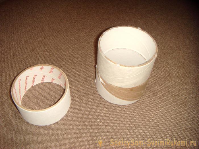 Vase of reels of adhesive tape