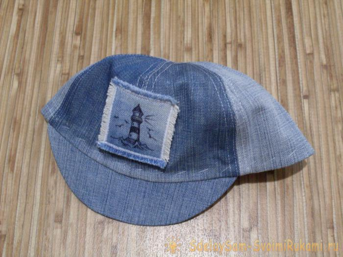 Sew a jeans baseball cap for a baby