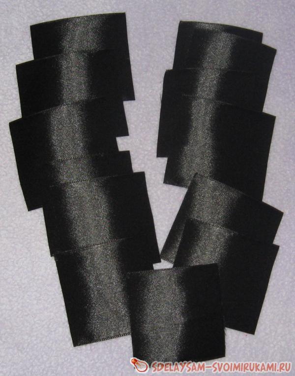 squares of satin ribbons