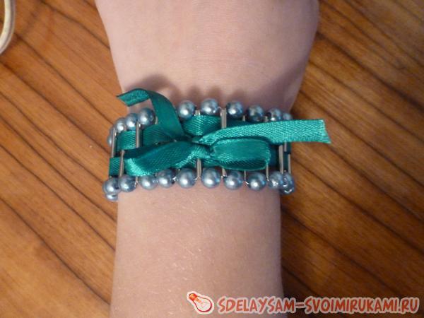 Stylish metal bracelet