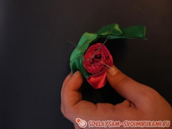 цветок скручен