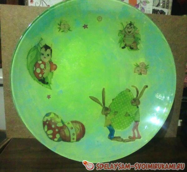 Reverse decoupage on a plate
