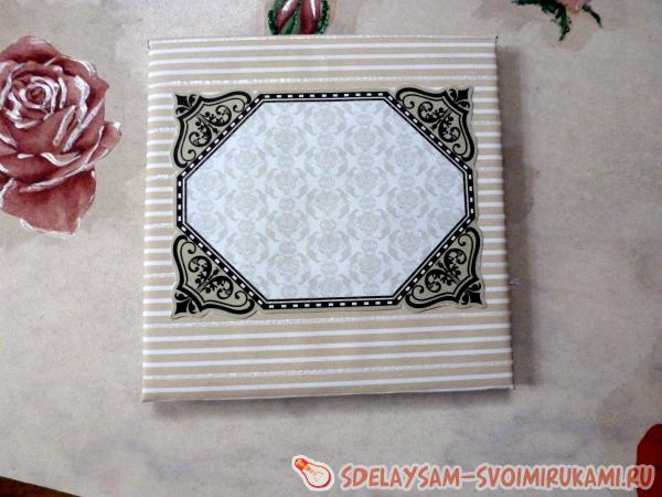 decorate with motif