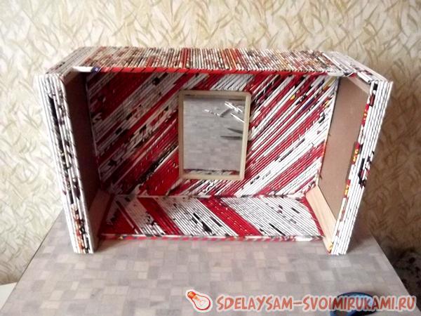 декоративная полочка из фанерного ящика