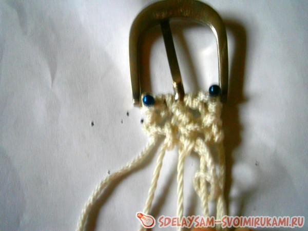 Macrame belt with beads