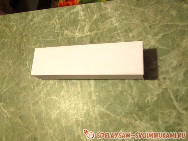 белая коробочка
