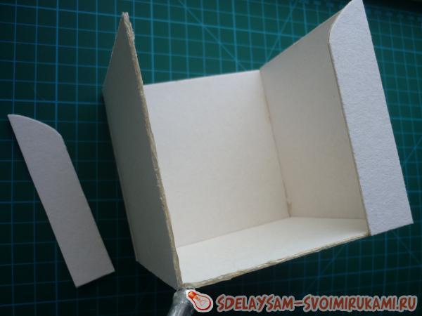 склеиваем коробку