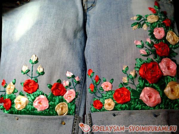 Расшиваем серединку роз бисером