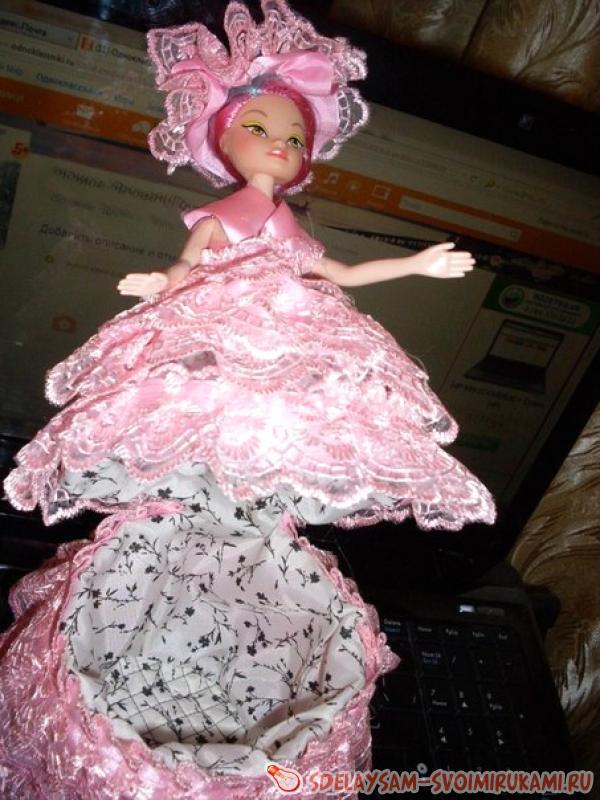 Casket doll