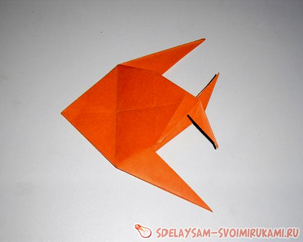 Рыбки из бумаги