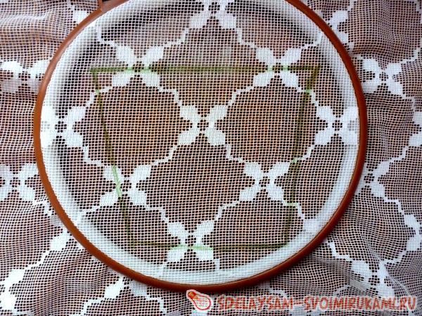 фрагмента вышивки