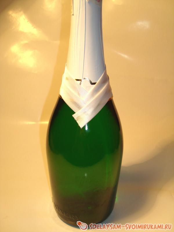 Свадебная бутылка жених