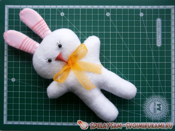 Сшить зайца из ткани своими руками 69