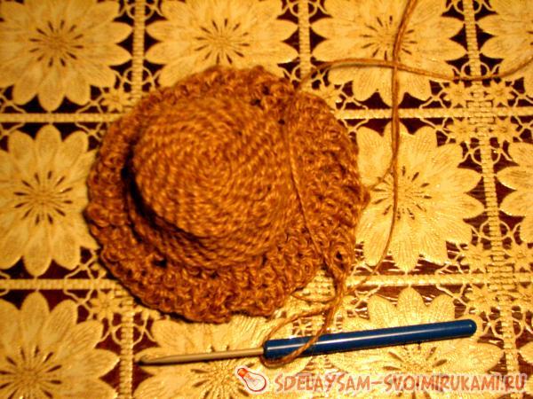 Вяжем лапти и шляпку из бечевки
