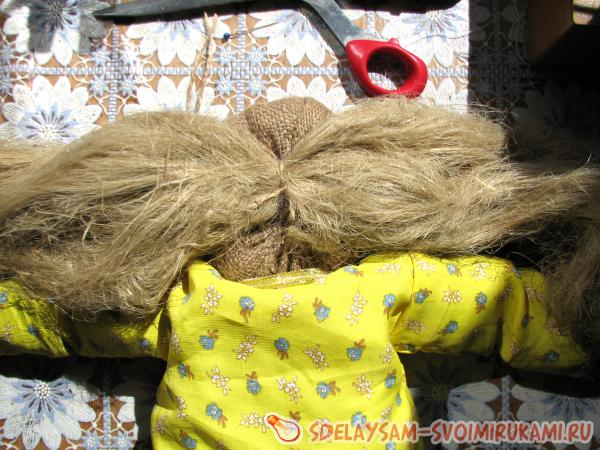 We form hair from tow