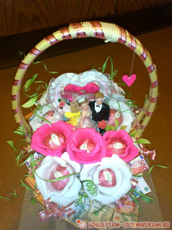 Подарок на розовую свадьбу своими руками