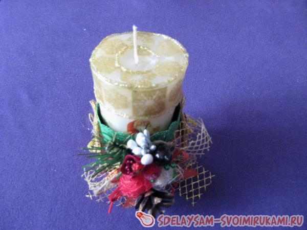 Можно вставлять свечу в декор