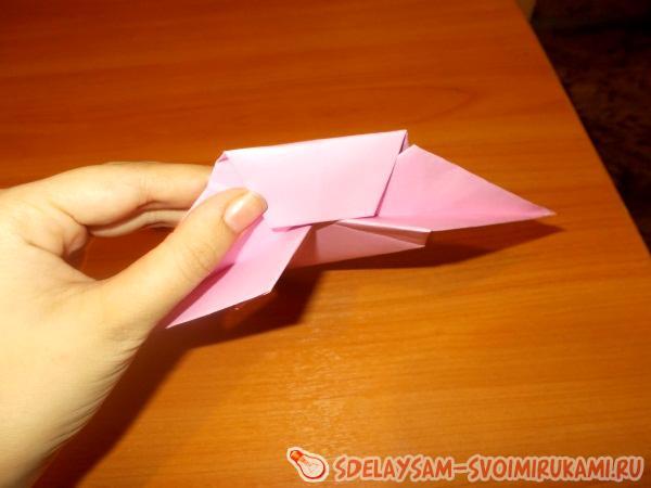 Funny origami snail