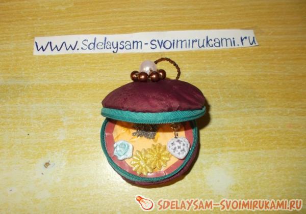 шкатулка, ящичек для хранения мелких вещей, 5 букв, сканворд