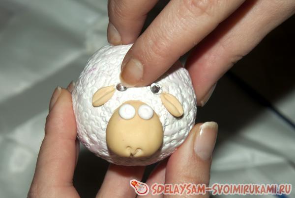 Нашей овечке нужны и ушки