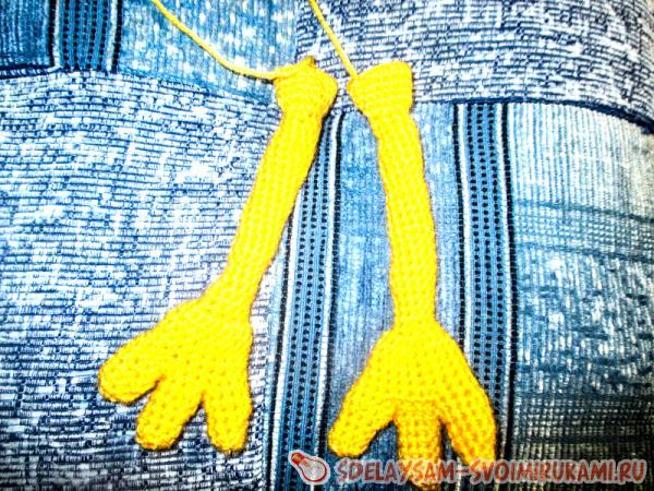 hands sponges