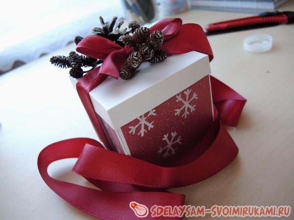 миниатюрная подарочная коробка