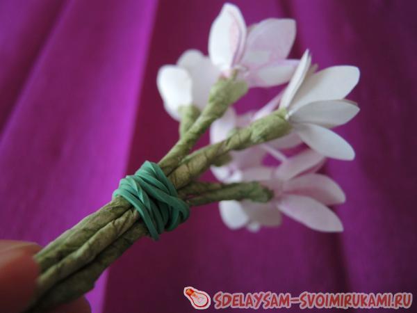 Собираем цветы в единый пучок