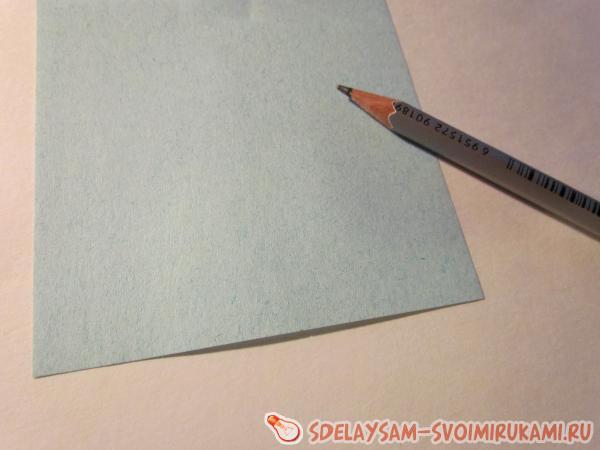 листочек и карандаш