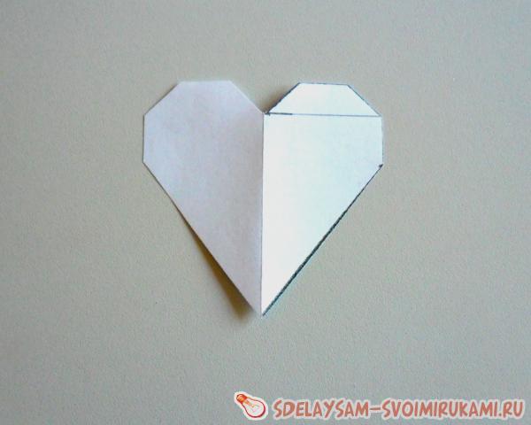 подарочная коробочка в виде сердца