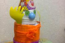 Клоун из одноразовых подгузников