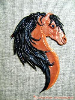 Магнит в виде головы лошади
