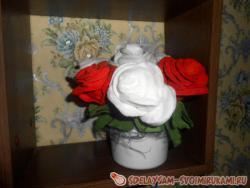 Розы из ватных дисков