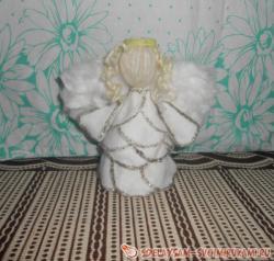 Ангел из ватных дисков