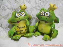 Царевны-лягушки из ткани