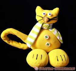 Забавный кот из ткани