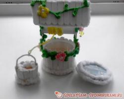 Декоративный колодец из палочек от мороженого