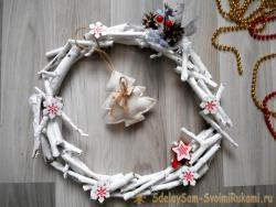 Christmas wreath of twigs and sticks